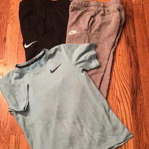 3 PCs Nike asst